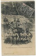 18 N'Doro Haut Ogooué Chef De Village Chaké Et Sa Famille  Hommes Et Femmes Nus Timbrée Djolé - Gabon