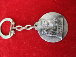 Porte-clés Publicitaire/Boisson/Whisky  / BLACK & WHITE//Bronze Nickelé Mat/ Vers 1960    POC298 - Porte-clefs
