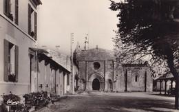 SAINT-GEORGES D'OLERON - Place De L'Eglise - France