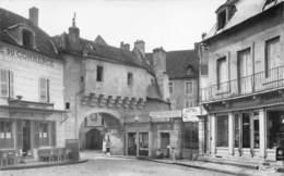 SEMUR EN AUXOIS - La Porte Guillet - Très Bon état - Semur