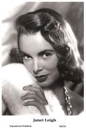 JANET LEIGH - Film Star Pin Up PHOTO POSTCARD - 84-56 Swiftsure Postcard - Postcards