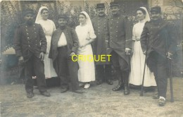 Guerre 14-18, Carte Photo De Poilus Convalescents Et Infirmières, 42 Boulevard Des Brotteaux, Lyon ? - Guerre 1914-18