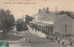 THONON Les BAINS - La Gare ( Train En Gare ) - Thonon-les-Bains