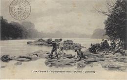 Une Chasse à L'Hippopotame Dans L'Ouémé - Dahomey - Sans éditeur - Dahomey