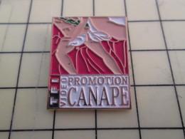 Pin313f Pin's Pins / Beau Et Rare : Thème CINEMA / FILM PROMOTION CANAPE Harvey Sors De Ce Corps !!! - Films