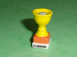 Fèves / Autres / Divers : Le Trophée , La Coupe     T38 - Andere