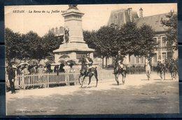 08. Sedan. La Revue Du 14 Juillet 1911. Coin Haut Gauche Abimé - Sedan