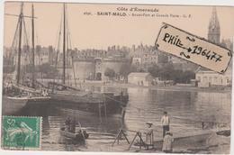 35 Saint Malo - Cpa / Avant-Port Et Grande Porte. - Saint Malo