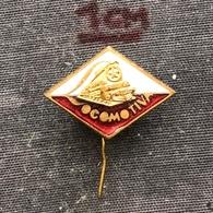 Badge Pin ZN006992 - Football (Soccer / Calcio) Romania Locomotiva Bucuresti (Bucureşti) - Voetbal