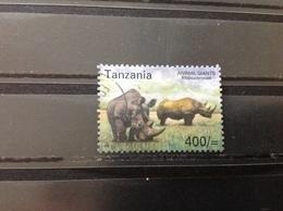 Tanzania - Neushoorn (400) 2002 - Tanzania (1964-...)