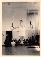 ¤¤  -  Cliché D'un Gymnaste Aux Anneaux En 1956   -  Gymnastique , Sport   -  ¤¤ - Gimnasia