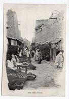 Tunisie-- TUNIS - Une Rue  à Tunis  (très Animée) ---- Carte Précurseur - Tunesië