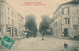 54) FROUARD : Entrée Du Faubourg - Café DION - édition Fiacre - Frouard