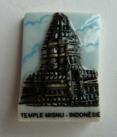 1 FEVE NORDIA 1995 LES MONUMENTS D'ASIE TEMPLE MISNU INDONESIE - Strips