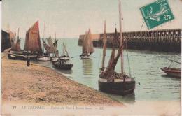Seine  Maritime : LE  TREPORT :  Entrée  Du Port A Marée  Basse - Le Treport