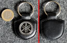 Porte-clé Officiel Des Motos YAMAHA ( Obtenu Avec Ma 1300 XJR Neuve) - Motos
