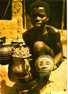 Moulages à Cire Perdue Des ASHANTIS GHANA Superbe CPSM 15X10,5 Animée Bon état Voir Scans - Ghana - Gold Coast