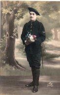 86Cpt  Soldat Chasseur Alpin Ecusson Baionnette à La Ceinture - Uniformen