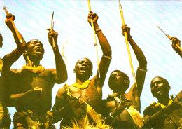 Danseurs KIRIDI AU CAMEROUN SUPERBE CPSM 15X10,5 Animée Bon état Voir Scans - Cameroun