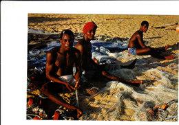 République Populaire Du BENIN Retour De La Pêche Belle CPSM 15X10,5 Animée Bon état Voir Scans - Benin