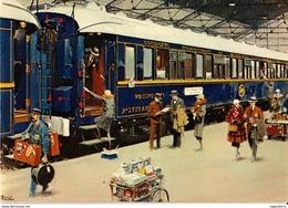 VOITURE-LITS DU TRAIN BLEU - Treinen
