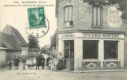 D-18-415 : SAINT-MICHEL. CARREFOUR DE SACQUENVILLE. EPICERIE MERCERIE LARMAGIE. - Autres Communes