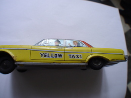 VOITURE TOLE SERIGRAPHIEE Yellow Taxi  MADE IN JAPAN - Group Games, Parlour Games