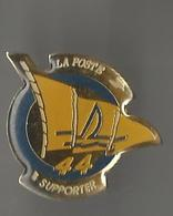 Pin's La Poste 44 Supporter (voile) - Mail Services