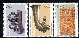 732 490 - ARMENIA 1995 , Serie  Unificato N. 225/227  Nuovo *** - Armenia