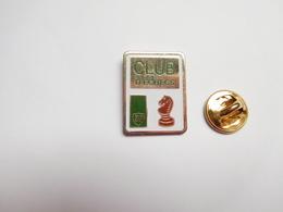 Beau Pin's , Jeu échecs , Carburant Essence BP , Club D' échecs - Games