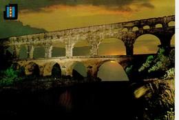 Le Pont Du Gard , Acqueduc Romain ...suite Derrière - France