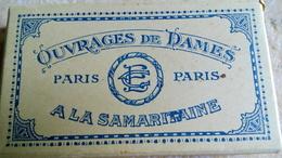 Petite Boîte Carton Vide - A LA SAMARITAINE - OUVRAGES DE DAMES - PARIS - 12cmx7cmx2cm - Boîtes