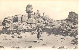 (29) Finistère - CPA - Roscoff - Le Rocher Tremblant - Roscoff