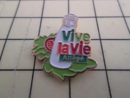 Pin517 Pin's Pins / Beau Et Rare : Thème ALIMENTATION / VINAIGRETTE ALLEGEE VIVE LA VIE TOMATE SALADE - Food
