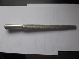 Triboulet En Aluminium éloxé. Longueur : 300 Mm. 4 échelles De Mesure. - Jewels & Clocks