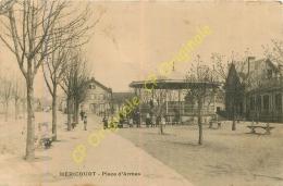 70.  HERICOURT .  Place D'Armes . - Francia