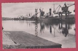 14 - CAEN---Le Port----cpsm Pf - Caen