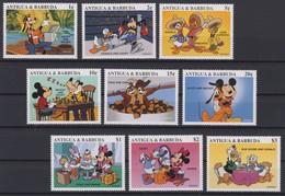 2108 Walt Disney Antigua & Barbuda ( MICKEY AND HIS FRIENDS) - Disney
