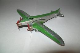 Modèle Réduit D'avion Couzinet Arc En Ciel De Marque Dinky Toys - Aviones & Helicópteros