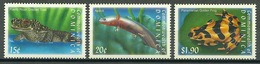 Dominica – Mi.Nr. 3068-3069 + 3082** Frog Toad Salamander Axolotl [2001] - Kikkers