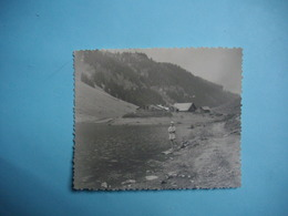 PHOTOGRAPHIE  SAMOENS  -  74  -  Le Lac De Gers  -  1961  -  8,7  X  10,5 Cms -  Haute Savoie - Samoëns