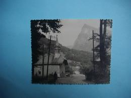 PHOTOGRAPHIE  SAMOENS  -  74  -  Chapelle Du Bérouze  -  1961  -  8,7  X  11 Cms -  Haute Savoie - Samoëns