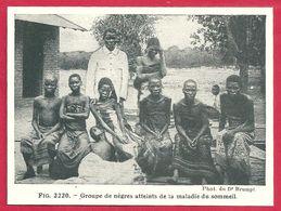 Groupe De Noirs Atteints De La Maladie Du Sommeil, Larousse Médical De 1934 - Other