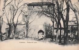 Carte Postale Ancienne De L'Isère - Crémieu - Porte De Lyon - Vers 1900 - Crémieu