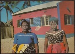 Postal Moçambique Portugal - Ilha De Moçambique - Mulheres Macuas Em Máscara De Beleza - CPA - Postcard - Mozambique
