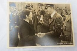 """(10/2/77) AK """"Der Führer An Der Ostfront"""" Ich Opferte Für Verwundete Soldaten - Guerre 1939-45"""