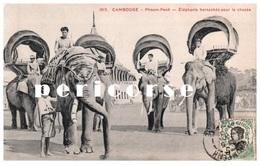 Cambodge  Phnom Penh  Eléphants  Harnachés Pour La Chasse - Cambodia