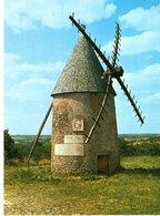 Les Herbiers Moulin Du Mont Des Alouettes Le Moulin Jean Yole CPM Ou CPSM - Les Herbiers