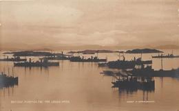 ¤¤  -  DANEMARK   -  Britiske Minefiskere Par Lervik Havn  -  Carte-Photo   -  ¤¤ - Danemark