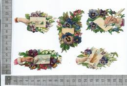 CHROMO DECOUPIS  GAUFRÉ / MOTIFS FLEURIS AVEC MAIN PLUME CARTE PARCHEMIN MUGUET VIOLETTES PENSÉES - Flowers